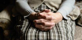 """В Украине начнут проверять пенсионеров: как это повлияет на выплату пенсий"""" - today.ua"""