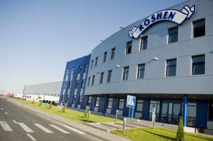 Суд обязал Порошенко доплатить более 23 млн грн за строительство фабрики Roshen в Борисполе - today.ua