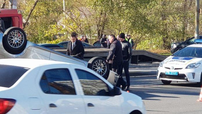 В Днепре прокурор на Lexus устроил ДТП: подозревают, что был пьян - today.ua
