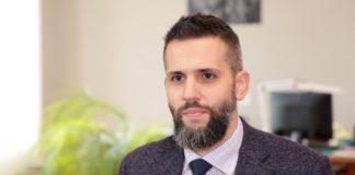 """Відомий журналіст-розслідувач звинуватив Нефьодова у кришуванні контрабанди на митниці """" - today.ua"""