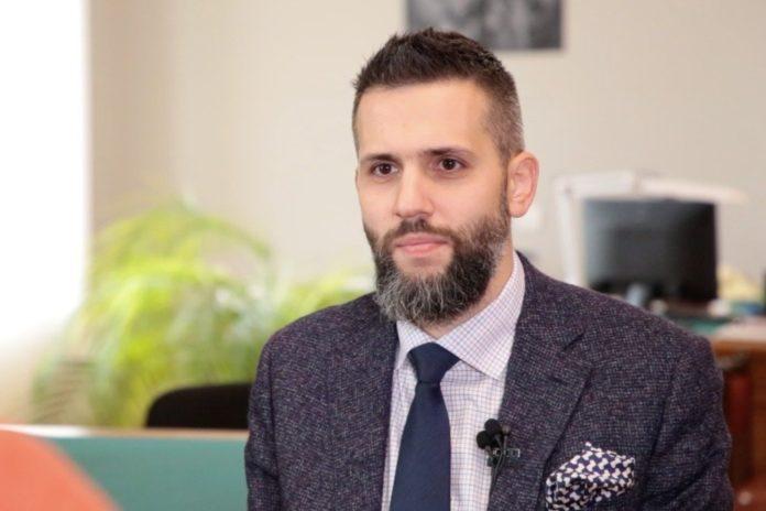 Известный журналист-расследователь обвинил Нефедова в крышевании контрабанды на таможне - today.ua
