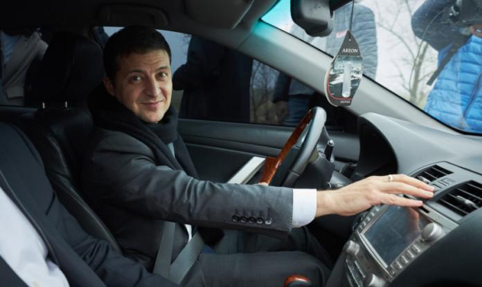 Зеленський особисто перевірив нову дорогу на Маріуполь - today.ua