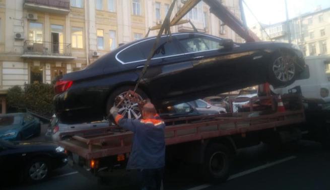 В Україні активно карають «героїв паркування»  - today.ua