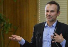 Відведення військ на Донбасі - помилка: Вакарчук розкритикував рішення Зеленського - today.ua