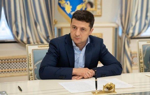 В Украине изменились правила продажи квартир, домов и земли: Зеленский подписал антирейдерский закон - today.ua