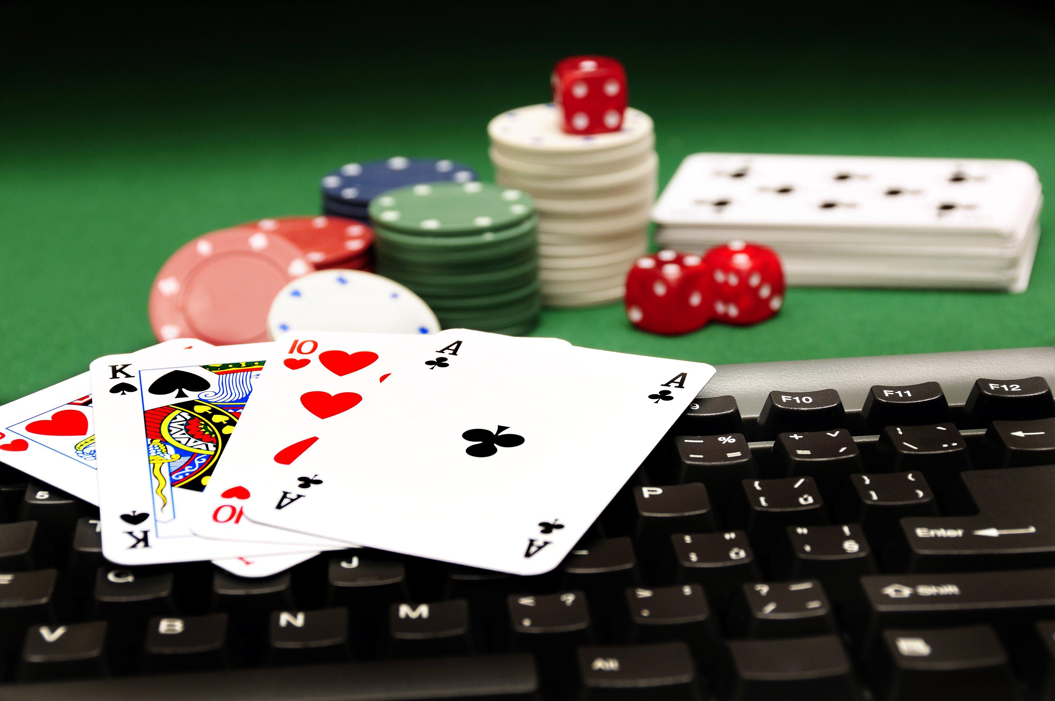 """Легалізація інтернет-казино: експерт розповів про наслідки нового закону """"слуг народу"""" - today.ua"""