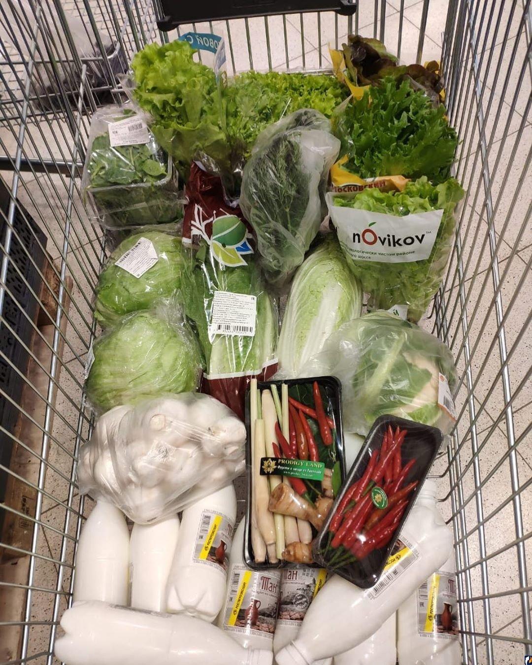 Листя салату і гриби: Волочкова нічого не їсть, фото виснаженої балерини потрапили у мережу