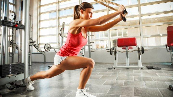 ТОП-3 самых опасных метода похудения: диетологи развеяли популярные мифы