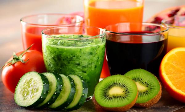 Мінус сім кілограмів за тиждень: як схуднути на питній дієті - today.ua