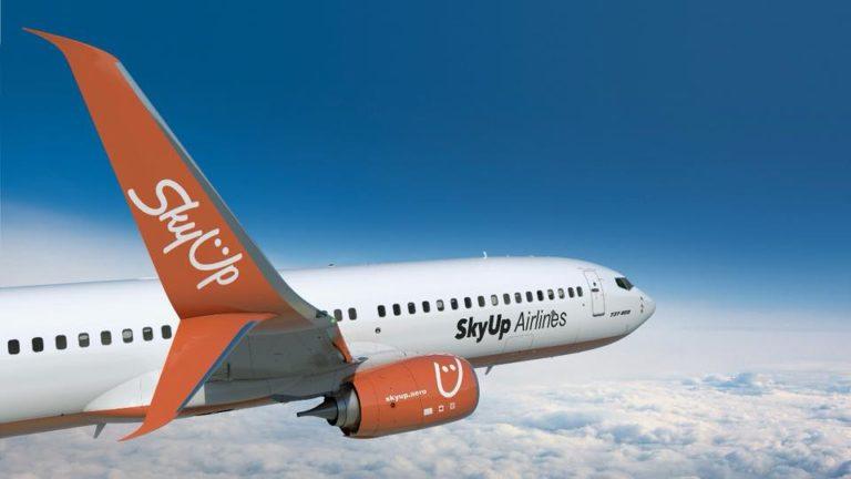 SkyUp задерживает авиарейсы: самолет с украинскими туристами загорелся в Египте - today.ua