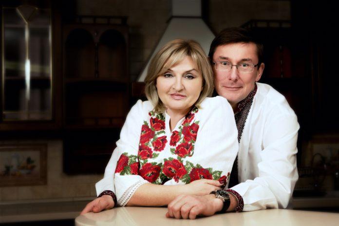"""&quotТільки ідіоти можуть в це повірити"""": Луценко прокоментував інформацію про &quotвтечу"""" його дружини до Лондона - today.ua"""