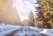 Що роблять досвідчені водії, якщо випав перший сніг і з'явилась ожеледь - today.ua