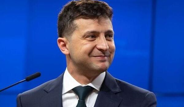 Зеленський потрапив у скандал через пост у Facebook: що обурило українців - today.ua