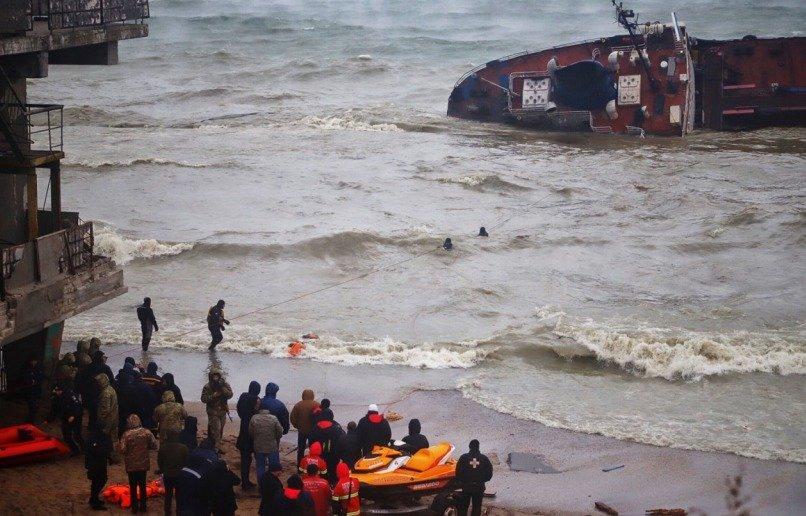 В Эгейском море затонуло судно с украинцами: известны подробности - today.ua