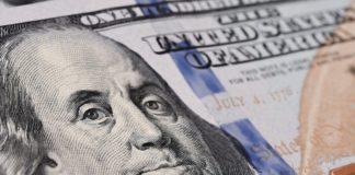 Курс долара продовжує падати: до кінця року валюта може подешевшати до 22 грн - today.ua
