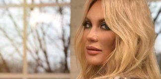 Як двадцятирічна: Таїсія Повалій шокувала новим обличчям - today.ua