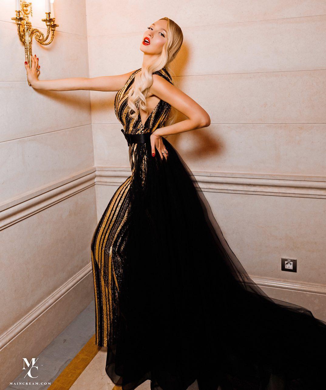Такою ніколи не бачили: Оля Полякова похвалилася чудовою сукнею