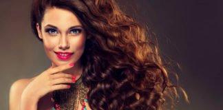 ТОП-5 найкращих зимових зачісок для кучерявого волосся - today.ua