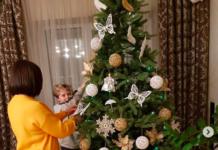 Алла Мазур показала сина та свою новорічну ялинку - today.ua