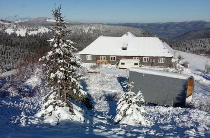 Снігопади і до 10 градусів морозу: з'явились фото перших днів зими в Карпатах - today.ua