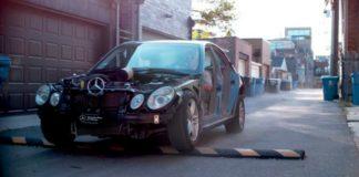 Что будет, если проехать «лежачий полицейский» на полной скорости (видео) - today.ua