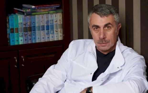 Доктор Комаровский назвал первые симптомы и признаки гриппа