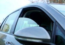 Зачем водителям нужно приоткрывать окна зимой: важные советы - today.ua