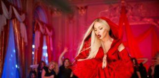"""""""Без білизни, але з ковбасою"""": Оля Полякова перетворилася в нічну жрицю - today.ua"""