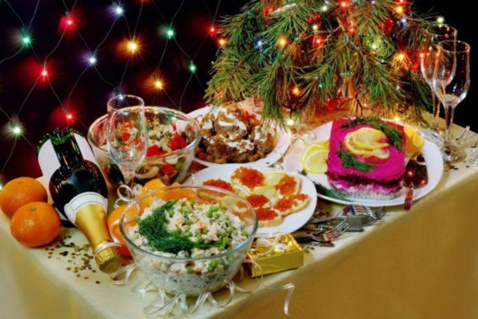 Главная примета Нового года 2020: эзотерик предостерег от экономии на праздничном столе - today.ua