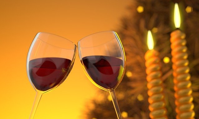 Новий рік 2020: що пити представникам знаків Зодіаку у святкову ніч