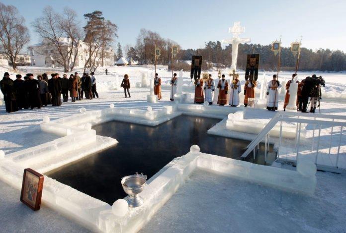"""&quotВід водойми до церкви"""": традиції та підготовка до купання в ополонці - today.ua"""
