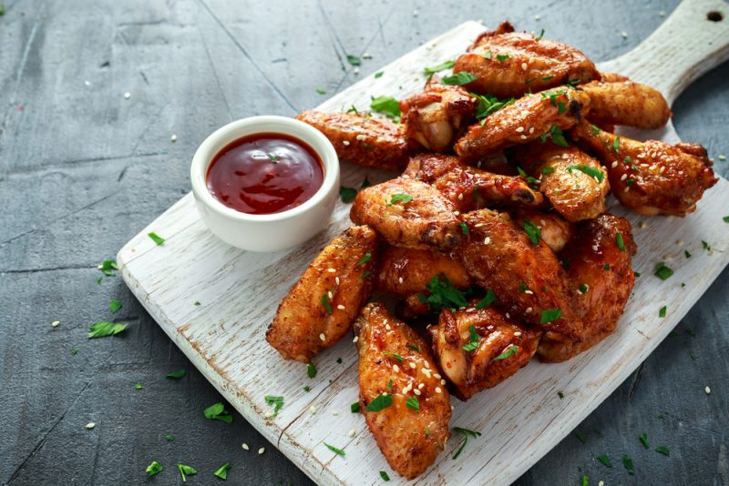 Ужин на двоих за 20 минут: рецепт вкусного и недорогого блюда из курицы - today.ua