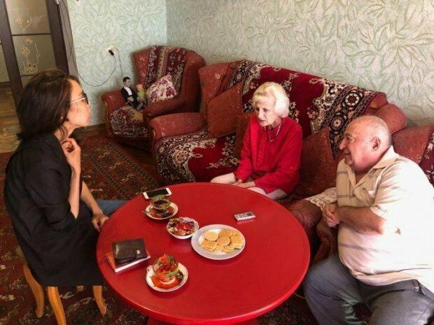 """&quotСтрельнут нас, Вова расстроится"""": отец Зеленского рассказал, как в его дом пытались вломиться неизвестные - today.ua"""