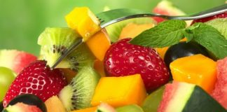 Фруктова дієта на 3 дні: дієтолог розповіла, як безпечно худнути - today.ua