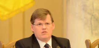 """""""За те, що зробив із Зе лоха"""": Розенко розкритикував план Зеленського щодо звільнення Гончарука - today.ua"""