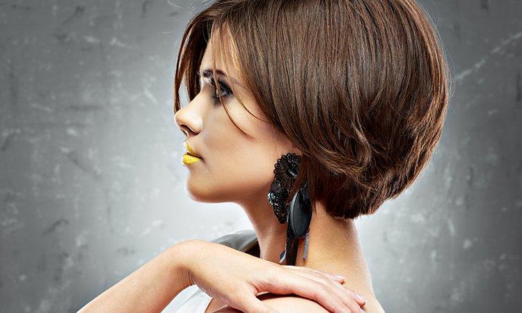 ТОП-3 жіночі зачіски, які омолодять на 10 років - today.ua