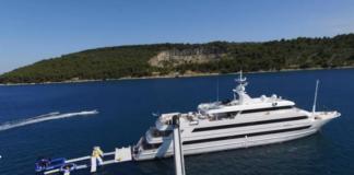 Хто на лижах, а хто на яхті: Порошенко проводить канікули на Сейшелах - today.ua