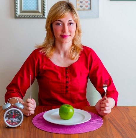 Похудение по часам: эксперт развенчала популярные мифы