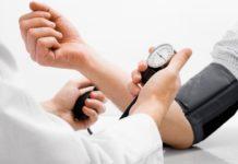 Низький тиск: лікарі назвали простий спосіб вирішення проблеми - today.ua
