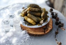 Минус 4 кг на бочковых огурчиках: как эффективно похудеть всего за неделю - today.ua