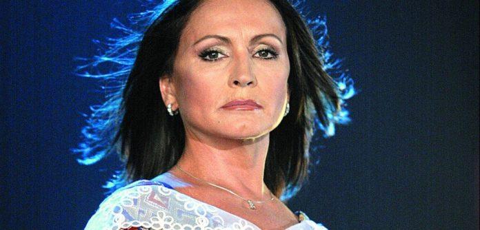 Софія Ротару серйозно хвора: фото згасаючої зірки збентежило шанувальників - today.ua