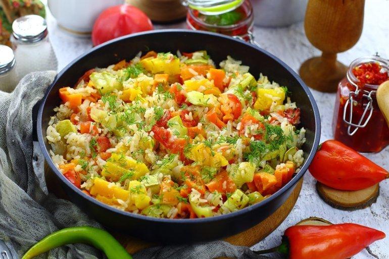 Похудение после новогодних праздников: ТОП-3 блюда из риса - today.ua