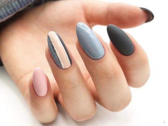 Мінімалізм в манікюрі 2020: модні варіанти нейл-арту в сірому кольорі