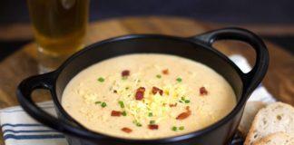 Обед за полчаса: рецепт нежного сливочного супа с фрикадельками - today.ua