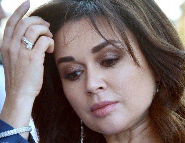 О больной Анастасии Заворотнюк забыли: во всем винят родственников - today.ua
