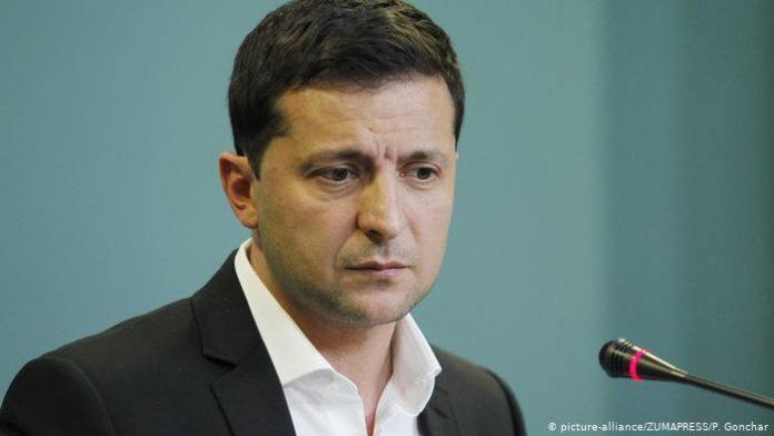 Добровільно або через загрозу життю: астролог розповів, коли Зеленський піде з посади - today.ua