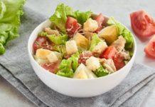 Цезар нашвидкуруч: простий рецепт найпопулярнішого салату - today.ua