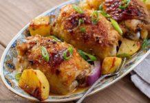 Курица с картофелем в духовке: простой рецепт сытной и вкусной пищи - today.ua
