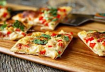 Как приготовить диетическую пиццу без муки: пошаговый рецепт - today.ua