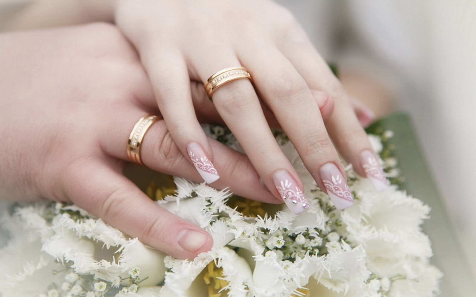Весільний манікюр 2020: актуальні варіанти дизайну на будь-який смак (фото) - today.ua